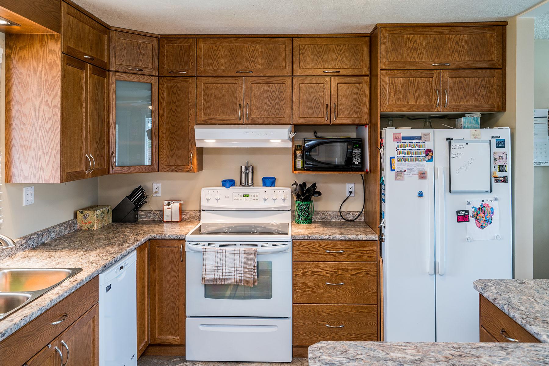 Kitchen - James 001