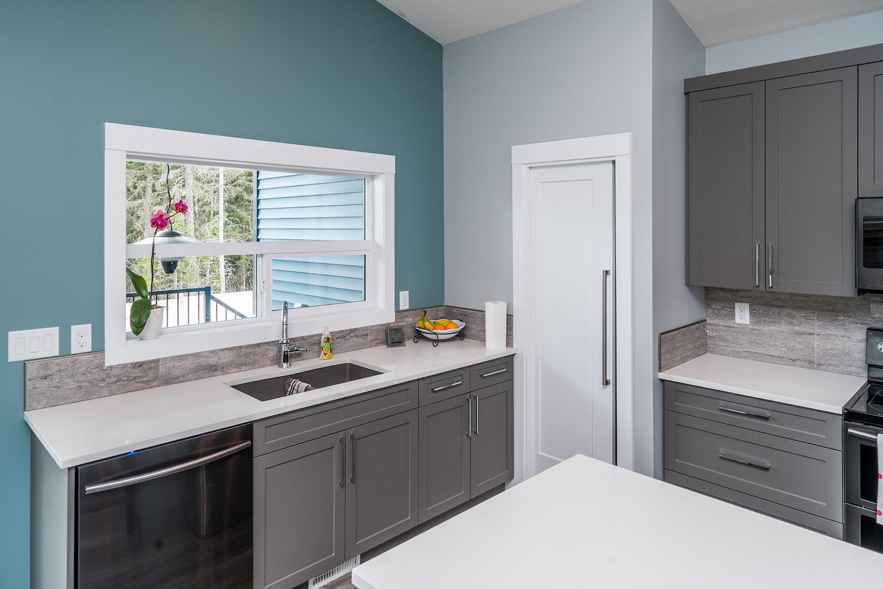 Kitchen - Vista2818 002